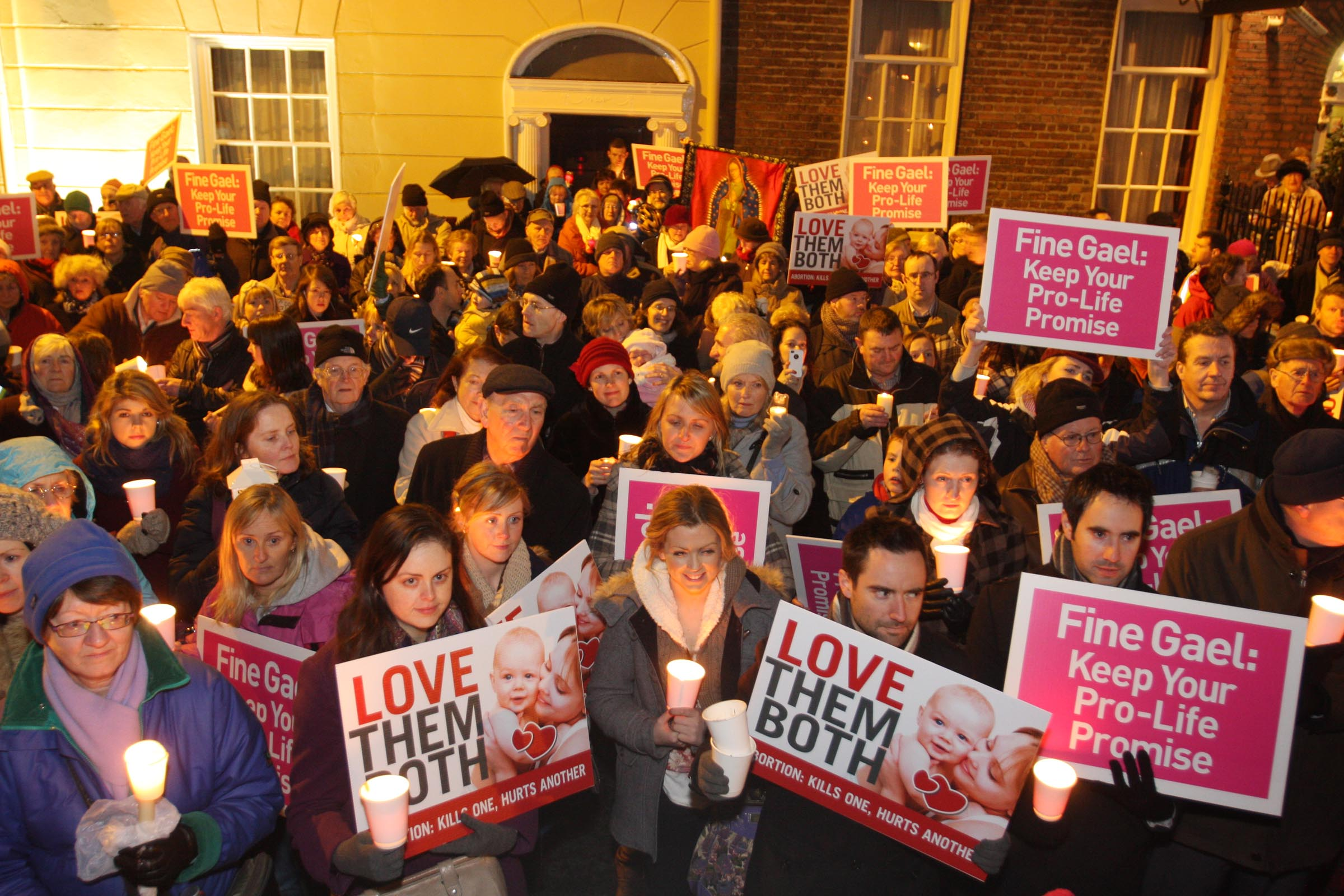07.12.2012: Unite For Life pro-life vigil attracts thousands