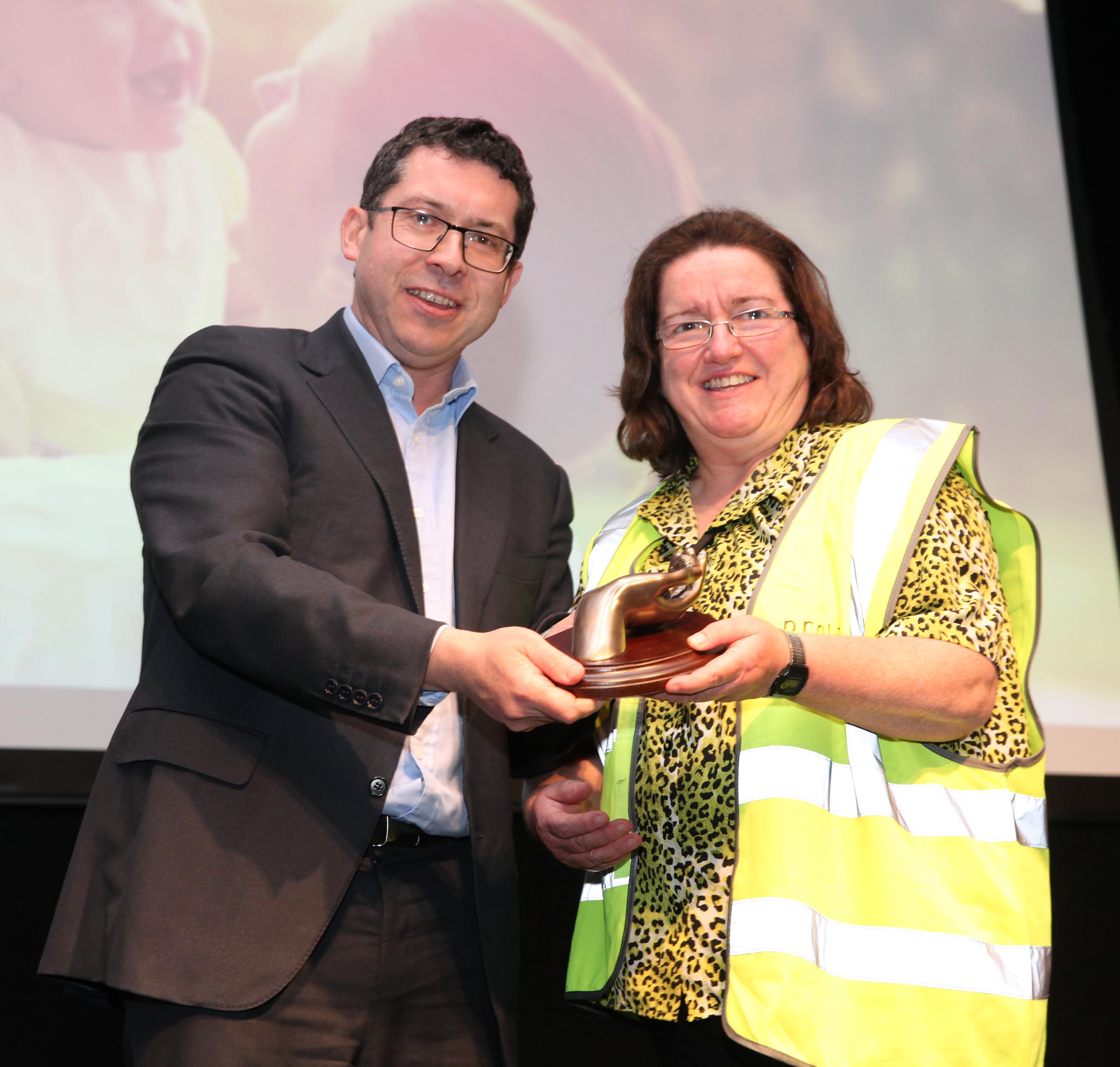 2.11.2019: Athlone woman receives 'Pro-Life Volunteer of the Year' award at Dublin conference